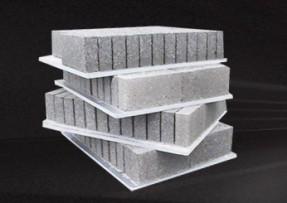 免烧砖托板不同材料的不同特性