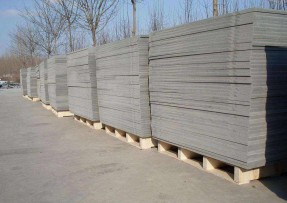PVC材质的免烧砖机托板的清洗方法