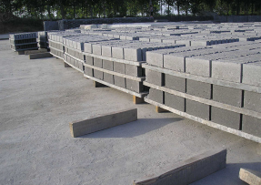 购买空心砖机托板要以产品质量为优先!