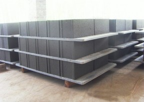 为什么PVC砖托板会断?